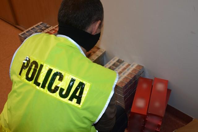 Policjanci zatrzymali papierosy bez akcyzy