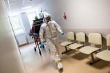 Raport COVID-19. Rośnie liczba zakażeń koronawirusem i zgonów. Dane z soboty [13.02.2021]