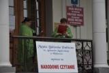 Narodowe Czytanie w Wejherowie. Zobaczcie zdjęcia z inscenizacji pod ratuszem |FOTO