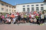 Majowy marsz nordic walking w Wiśle i kilkadziesiąt osób na trasie (ZDJĘCIA)