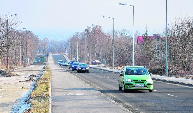 Dzięki otwarciu pierwszej części trasy KN-2 można szybko przedostać się z okolic dworca PKP  na osiedle Niepodległości