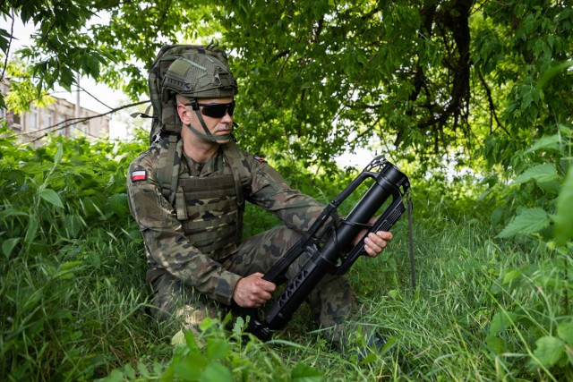 Żołnierze chwalą produkt tarnowskich Zakładów Mechanicznych w Tarnowie