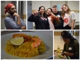 Cook It Off na Politechnice Białostockiej. W akademiku pojawiły się potrawy z całego świata (zdjęcia)
