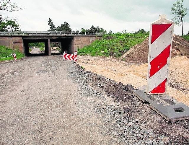 Budowa zjazdu do strefy w Krzywej zakończy się w czerwcu