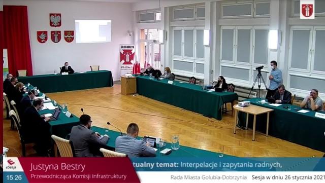 Podczas jednej z ostatnich sesji Rady Miasta Golubia-Dobrzynia radna Justyna Bestry złożyła interpelacje dotyczącą naszego rankingu aktywności radnych