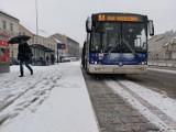 Zima w Bydgoszczy. Sypnęło śniegiem. Tak wygląda sytuacja na drogach w mieście