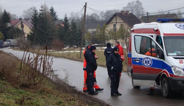 Dom, gdzie policja odnalazła amunicję,  był we wtorek przez parę godzin zabezpieczony przez policję. Podobnie jak kilka okolicznych gospodarstw, z których ewakuowano wszystkich mieszkańców