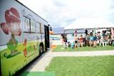 Happy bus przyjechał do dzieci z Jasła. Zobaczcie, jak bawili się najmłodsi mieszkańcy miasta