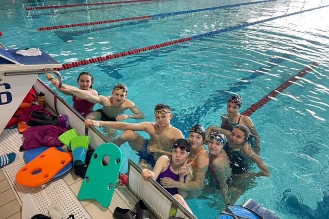 W mistrzostwach Polski juniorów młodszych barw MTS Kwidzyn broniło 8 pływaków:  Lena Szachmytowska, Magda Dobrowolska, Alicja Niewiadomska, Agata Wojnicz, Kinga Chojnacka, Amelia Grześkowiak, Juliusz Stojek oraz Bartosz Bródka.