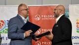 Piła. Podpisano umowę o współpracy między Polskim Związkiem Piłki Siatkowej, a Powiatem Pilskim i LOMS [ZDJĘCIA]