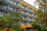 """Dom Pomocy Społecznej """"Kombatant"""" w Bytomiu odnowiony. Wymieniono balkony i jest nowa elewacja, ale to nie wszystko!"""