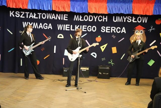 Dzień Edukacji Narodowej w I LO w Brzegu.