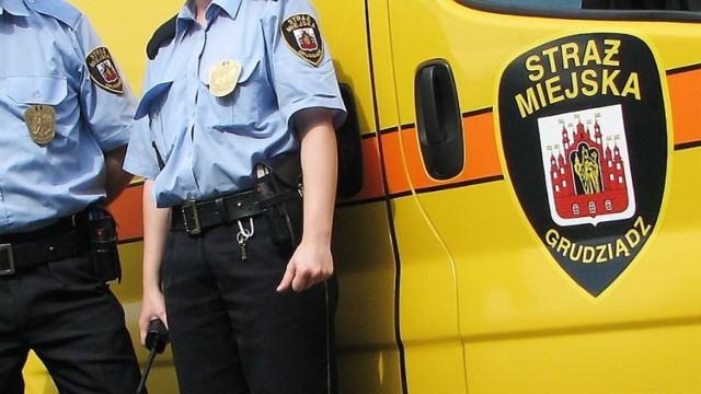 W komendzie Straży Miejskiej w Grudziądzu czekają przedmioty, które w ostatnich dniach zostały znalezione na terenie Grudziądza