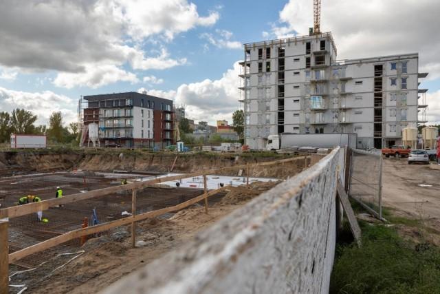W ramach pierwszego etapu budowy osiedla Nowy Wyszogród mają powstać dwa bloki, które pomieszczą 82 mieszkania o powierzchni od 29 do 82 metrów kwadratowych.