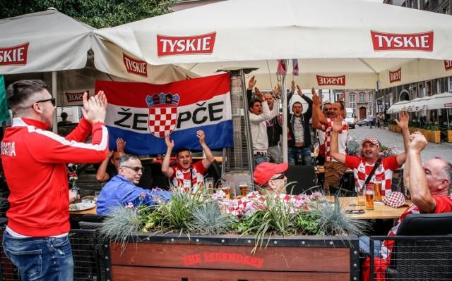 Chorwaccy kibice jechali do Kaliningradu przez Gdańsk. Anglików i Belgów ma być jeszcze więcej