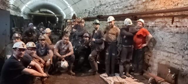 Górnicy protestują pod ziemią w 11 kopalniach