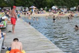 Słoneczna niedziela przyciągnęła setki osób nad zalew Żółtańce. Byliście?  Może odnajdziecie się na zdjęciach