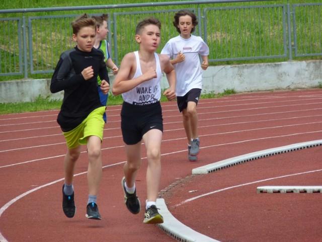 W piątek na stadionie Bałtyku została zorganizowana olimpiada sportowa dla dzieci i młodzieży. W zmaganiach uczestniczyli uczniowie koszalińskich szkół podstawowych i gimnazjów.