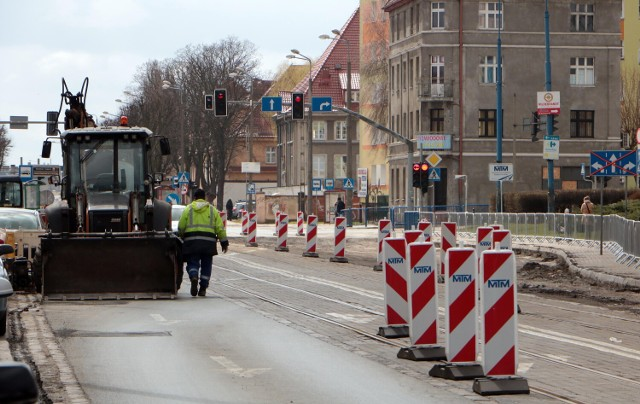 Na ulicy Chełmińskiej w Grudziądzu trwa modernizacja sieci tramwajowej. Będą tutaj nowe utrudnienia w ruchu