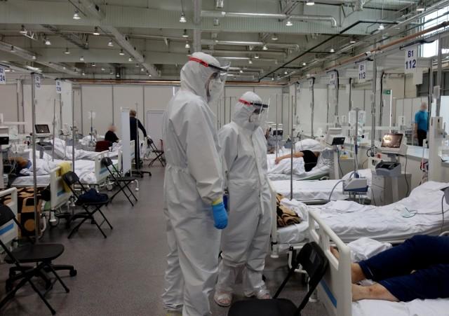 Szpital tymczasowy zorganizowany w Targach Lublin