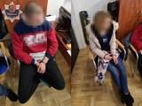 Policjanci wpadli do mieszkania z samego rana, by zatrzymać poszukiwanego przez Szwajcarów