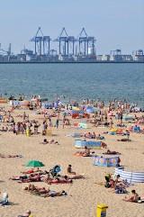 Plaża na Stogach zostanie okrojona? Kontrowersje wokół rozbudowy terminala DCT w Gdańsku i akcja zbierania podpisów