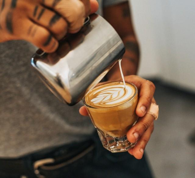 KAWA - jaki ma skład? Ile kaw dziennie nie szkodzi zdrowiu?