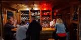 Nowy Sącz. Nie sprzedawali alkoholu, a muszą zapłacić koncesję. Radni zadecydują czy sądeccy przedsiębiorcy otrzymają wsparcie