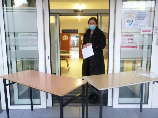 Od 30 listopada wejście do goleniowskiej biblioteki na będzie zabarykadowane
