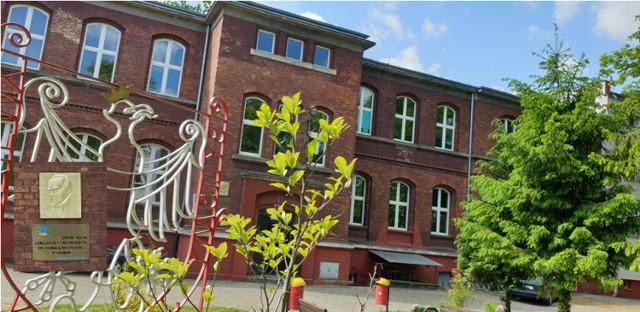 Koronawirus w Zespole Szkół Licealnych i Technicznych w Gubinie. COVID-19 wykryto u jednego z nauczycieli.