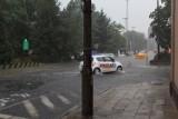 Burza w Łodzi. Gwałtowna ulewa z gradem przeszła nad miastem [ZDJĘCIA]
