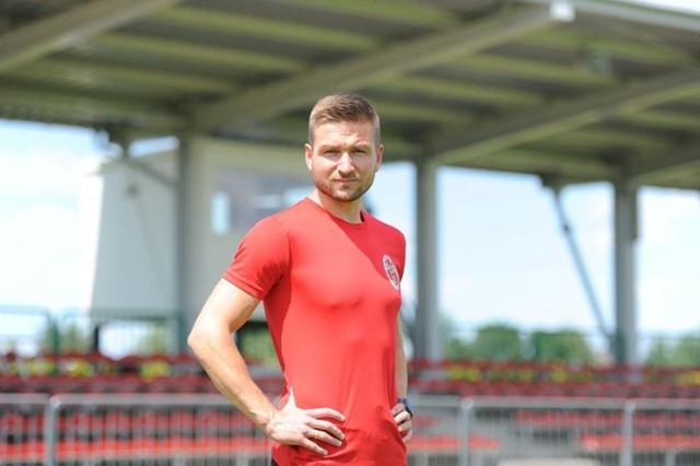 Świetne wyniki Wólczanki, jak i rozpoczęty kurs UEFA Pro mogą być dla młodego szkoleniowca, wywodzącego się z jasielskiego osiedla Gamrat furtką do piłki na najwyższym poziomie.