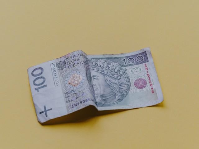 Mieszkanka Hrubieszowa zaciągnęła pożyczkę na prawie 2000 zł