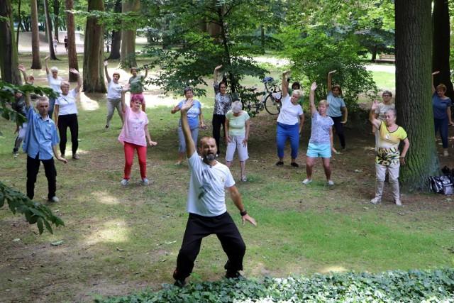 Za nami kolejne zajęcia tai chi i qigong dla seniorów w Kaliszu ZDJĘCIA
