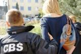 CBŚ zatrzymało osiem osób, które były związane z łódzkim biurem obrotu nieruchomości [ZDJĘCIA]