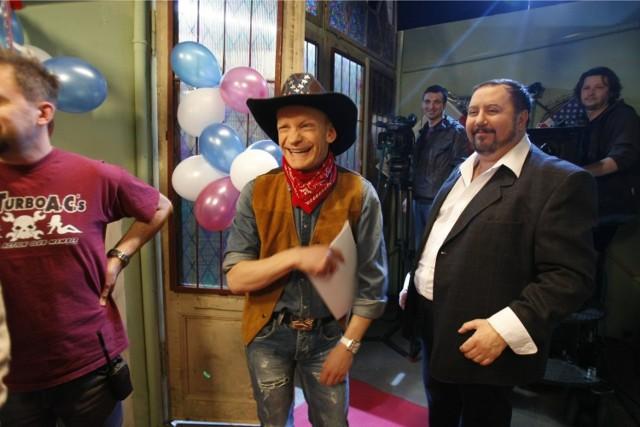 """Serial """"Świat według Kiepskich"""" gości na antenie Polsatu od 1999 roku. Dariusz Gnatowski był związany z nim od samego początku"""