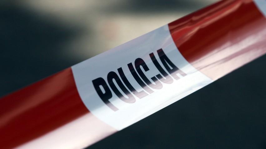 Bochnia. Pożar w domu przy ul. Niecałej, w środku znaleziono ciało staruszki; policja wyjaśnia okoliczności jej śmierci