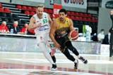 Niesamowity kapitan Enei Zastalu BC Zielona Góra. Koszykarze zwyciężyli po dwóch dogrywkach