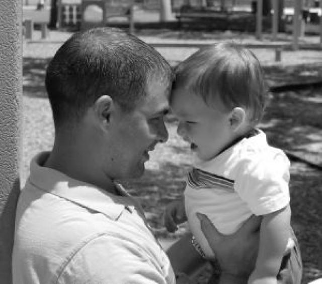 Życzenia na Dzień Ojca. Najciekawsze wierszyki, sms-owe rymowanki na Dzień Ojca