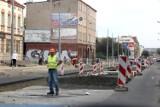 Grudziądz. Nowe utrudnienia w ruchu na ulicy Chełmińskiej. Zmiany dotyczą też MZK. Zobacz jak wygląda remont sieci tramwajowej [zdjęcia]