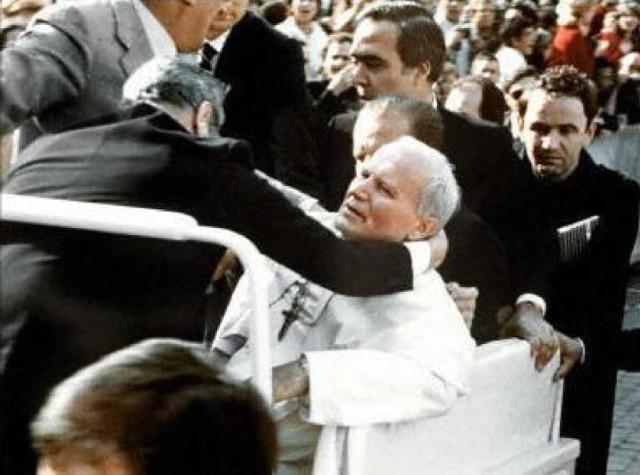 13 maja 1981 roku w Rzymie dokonano zamachu na Papieża Jana Pawła II