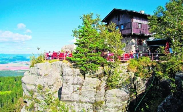 Góry Stołowe przyciągają tysiące turystów, którzy liczą na bezpieczny odpoczynek