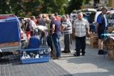 Niedzielny targ w Sławnie. Tłumy po zniesieniu zakazu ZDJĘCIA