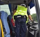 Gnojnik. Kierowca autokaru, który miał zabrać dzieci na wycieczkę do Zatoru był pod wpływem alkoholu. Wydmuchał pół promila alkoholu