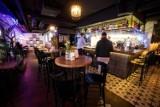 Warszawa pomoże restauracjom? Nie będą musiały płacić za koncesję na alkohol
