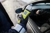 Wirtualne alkomaty? Czym są i jak działają? Ile czasu trawi się alkohol? Kiedy wsiąść za kierownicę? Jak długo się trzeźwieje? 11.05.2021