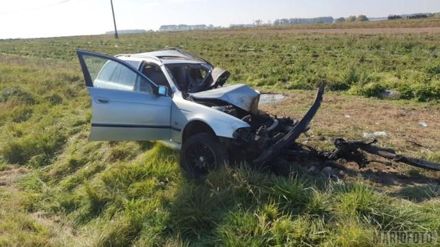 Wypadek w Makowicach. Zderzenie bmw z cysterną na drodze wojewódzkiej nr 401. Jedna osoba ranna