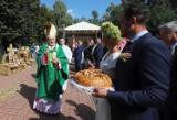 Dożynki Powiatu Grójeckiego w Lewiczynie. Uroczystą Mszę świętą celebrował Kardynał Kazimierz Nycz (ZDJĘCIA)