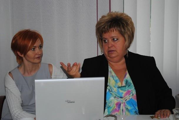 Bożena Janicka, prezes PPOZ w Koninie zachęca do szczepień...