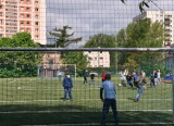Szkoła Podstawowa nr 40 w Gdyni z nowym wielofunkcyjnym boiskiem. To kolejna inwestycja z Budżetu Obywatelskiego